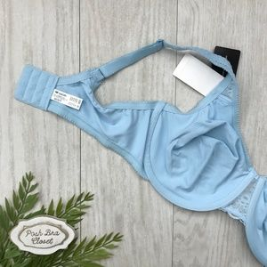 Wacoal Intimates & Sleepwear - 38DD WACOAL Soft Embrace Underwire Bra NWT